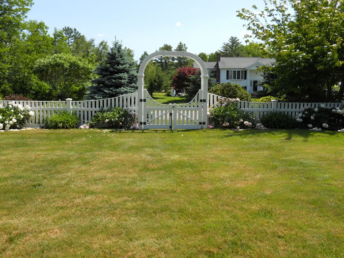 Picket Fence Seacoast Nh Platinum Fence Hampton Nh 03842